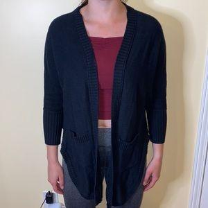 LIKENEW long black knit cardigan from AE w pockets